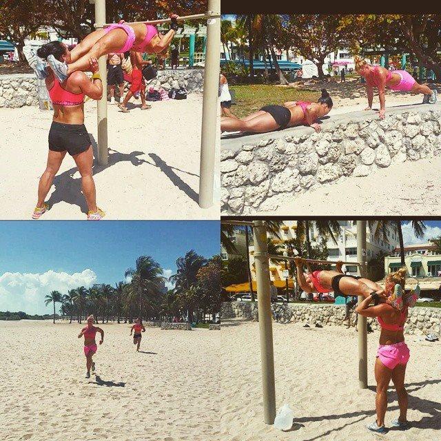 Lite träning fick det allt bli vid stranden i osande hetta åxå;) Superkul, superjobbigt och supersolbränd ;)